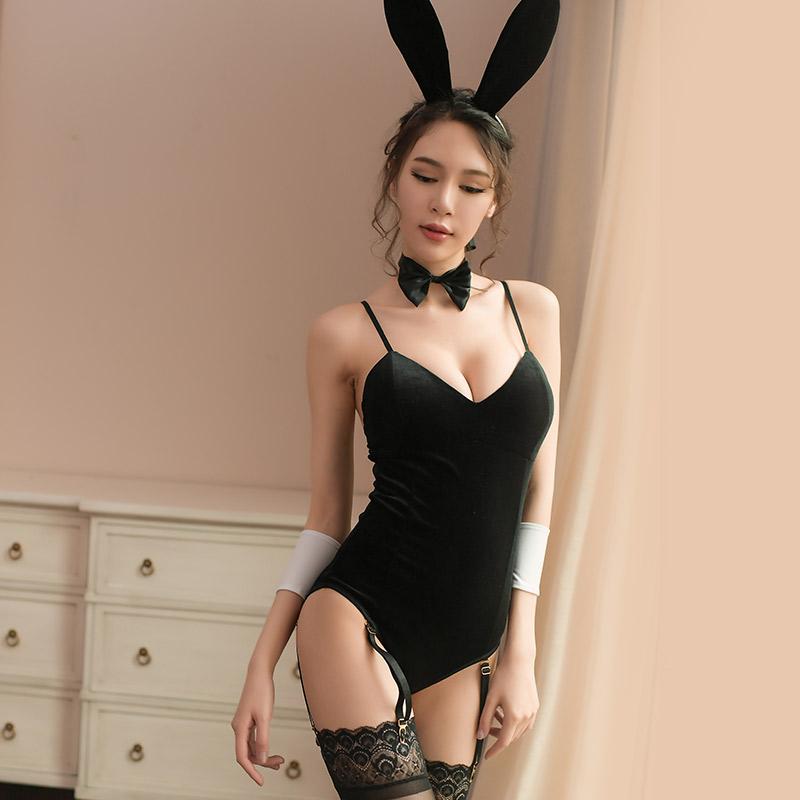 霏慕 性感女金丝绒制服角色扮演兔女郎连体衣-美咻咻成人情趣商城
