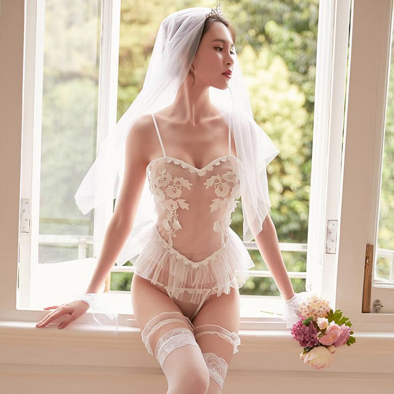 霏慕 网纱透视新娘装制服诱惑后背绑带可爱公主裙(带丝袜)-美咻咻成人情趣商城