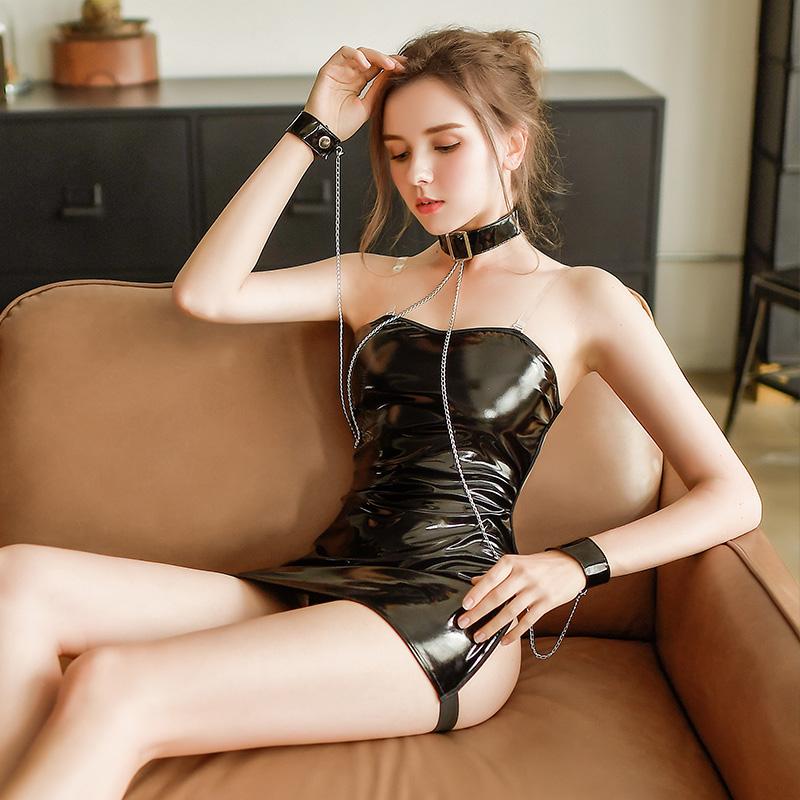 露背诱惑牵引制服诱惑弹力带束缚激情套装+丝袜-美咻咻商城