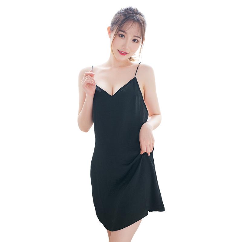 霏慕 蕾丝绸缎镂空露背吊带情趣睡衣睡裙-美咻咻商城